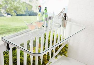 享受拥抱生活吧!上帝给了我们一个阳台,不是拿来晒衣服、堆杂物...滴!
