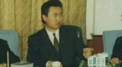 90年代年轻时的王健林