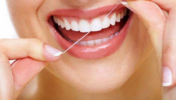 你还在用吗?美联社称牙线的医疗效果缺乏科学依据
