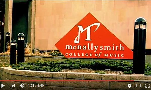 浙江一名高中生长期数学有时只考20分,但他依然被美国知名的麦克纳利史密斯音乐学院录取。(视频截图)