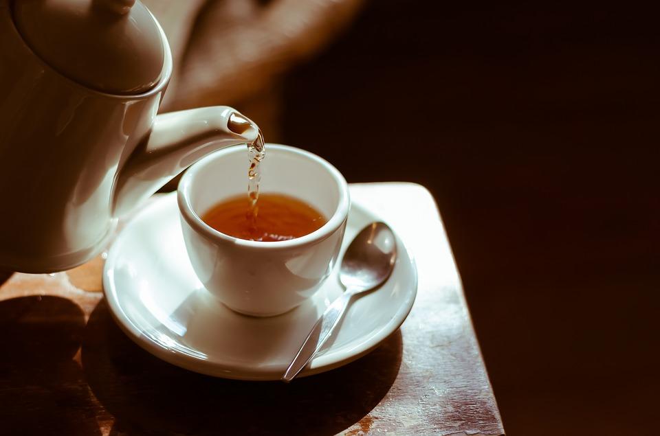 喝茶是一种享受,不必去懂