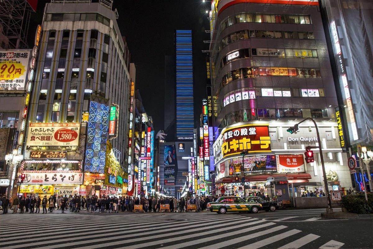 tokyo-street-crossing-larkin-clark.jpg.1200x800_q85_crop.jpg