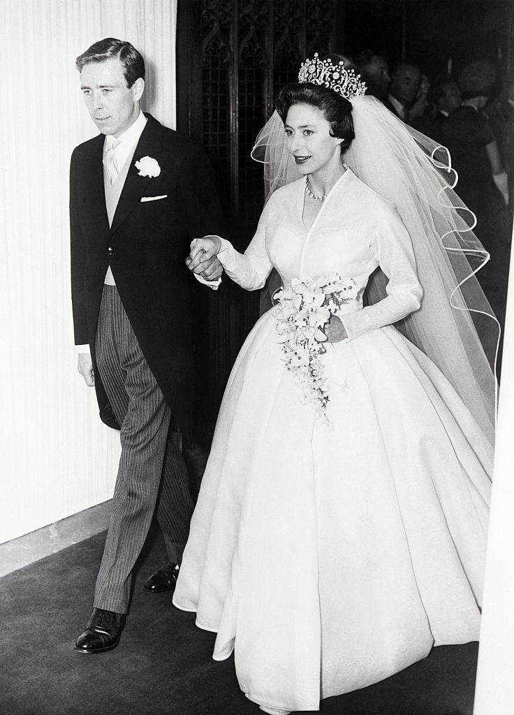 玛格丽特公主是第一位在电视上结婚的皇室成员 - 关于皇室的迷人事实 - 这是玫瑰色