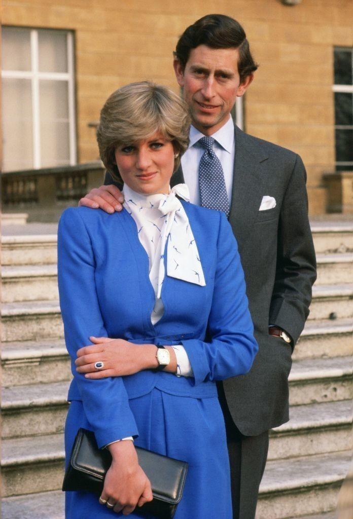 戴安娜是 300 年来第一位英国新娘 - 关于皇室的迷人事实 - 这是玫瑰色