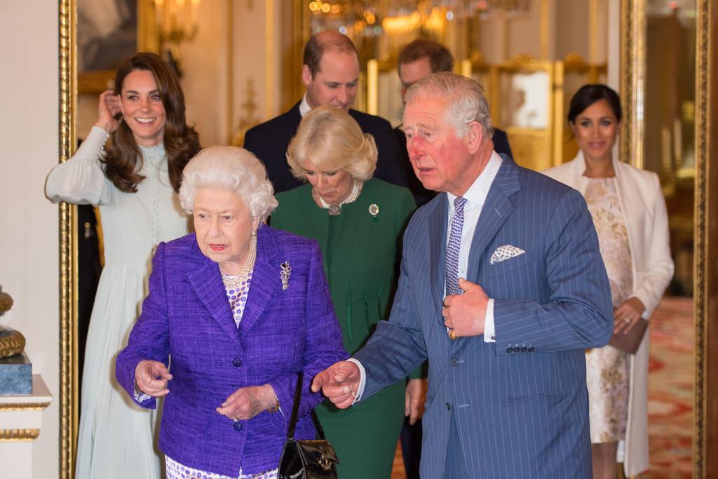 他们的净资产 - 关于皇室的迷人事实 - 这是美好的