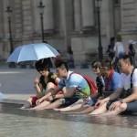 全世界嘲笑中国游客时,美国人笑而不语